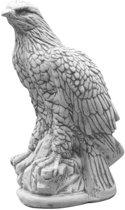 Roofvogel beelden van beton   GerichteKeuze