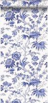 Origin behang bloemen wit en delfts blauw - 326120