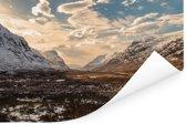 De Ben Nevis met een laagje sneeuw in de winter Poster 90x60 cm - Foto print op Poster (wanddecoratie woonkamer / slaapkamer)