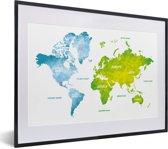Foto in lijst - Groen en blauwe wereldkaart op een witte achtergrond fotolijst zwart met witte passe-partout klein 40x30 cm - Poster in lijst (Wanddecoratie woonkamer / slaapkamer)