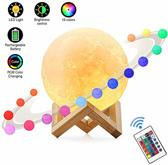 Maan Lamp RGB – 3D print Maan Lamp op houten standaard – USB Oplaadbare Maanlamp met 16 kleurstanden – Sfeerlamp - Leeslamp - LED Nachtlamp - 13 cm - Met 24 Toetsen Afstandsbediening - 16 Kleuren