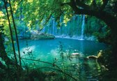 Fotobehang Tropical Waterfall Lagoon Forest | M - 104cm x 70.5cm | 130g/m2 Vlies