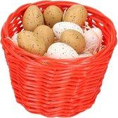 Rood paasmandje met plastic kwartel eieren 14cm  mandjes met paaseieren