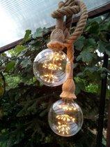Touwlampen, hanglampen van 2x1 meter inclusief zwarte plafondplaat inclusief twee sierlijke retro led lampen in de vorm van een heldere bol.