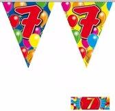 2x vlaggenlijn 7 jaar met gratis sticker