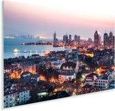 Uitzicht over Qingdao in de avond Plexiglas 90x60 cm - Foto print op Glas (Plexiglas wanddecoratie)