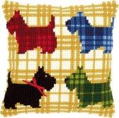 Borduurpakket kruissteekkussen kleurige hondjes met strikje