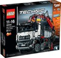 LEGO Technic Mercedes-Benz Arocs 3245 - 42043
