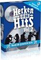 Afbeelding van het spelletje Herken De Hits 2 - DVD spel - familiespel