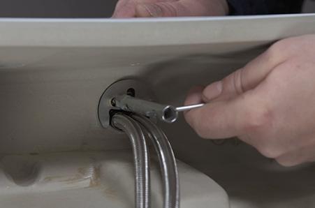 Kraan Vervangen Wastafel : Bol keuken of wastafelkraan aansluiten